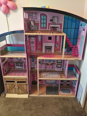 Huge Doll House! for Sale in Portland, OR