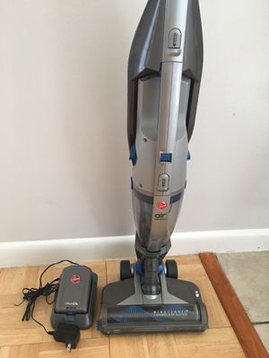 Battery vacuum cleaner Hoover BH52100 in perfect condition for Sale in Casselberry, FL