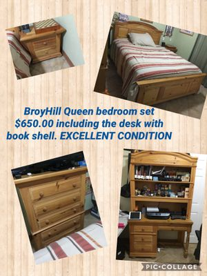 Queen bedroom set real wood desk dresser mattress night stand for Sale in Miami, FL