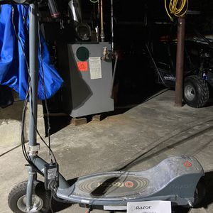 Electric scooter for Sale in Bethel, CT