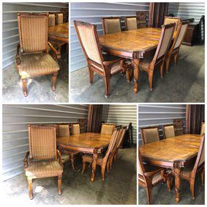 Fairmont design dining set high quality for Sale in Alpharetta, GA
