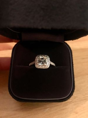 Tiffany & Company Legacy Engagement Ring for Sale in New York, NY