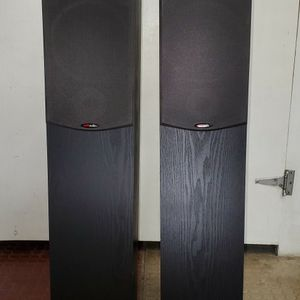 Polk Audio R30 floor standing speakers for Sale in San Jose, CA