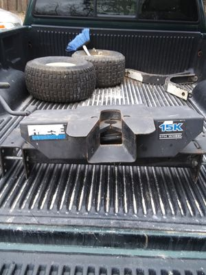5th wheel hitch for Sale in Fulton, MO