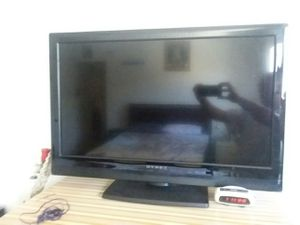 Televisión DYNEX de 30 pulgadas no usada for Sale in Los Angeles, CA