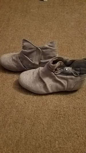 Girls size 11 Gray ankle boots for Sale in Schenectady, NY