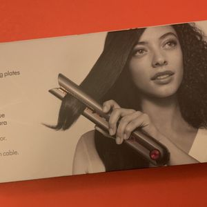 Dyson Corrale Professional Cord-Less Hair Straightener! for Sale in Los Angeles, CA