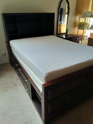 Full memory foam bed with storage drawers for Sale in San Diego, CA