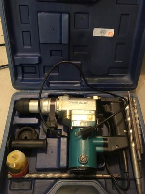 """Makita 1""""Hammer drill set for Sale in Downey, CA"""