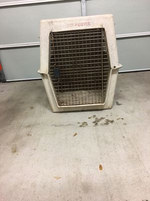 Large Plastic Dog Crate for Sale in Lewisville, TX