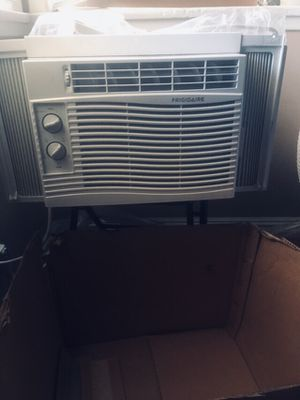 Frigidaire air conditioner for Sale in Los Angeles, CA