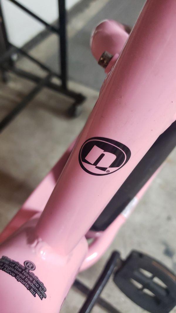 Womens nirve paul frank edition beach cruiser bike