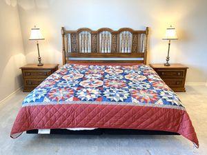 King Size Bedroom Set - Solid Quarter Cut Oak Wood - Beautiful Condition - New Matress for Sale in Broken Arrow, OK