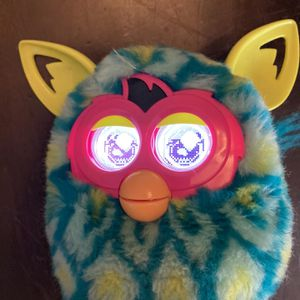 Furby Boom 2012 Hasbro Peacock Turquoise Teal Aqua Working! for Sale in Waterford, CA
