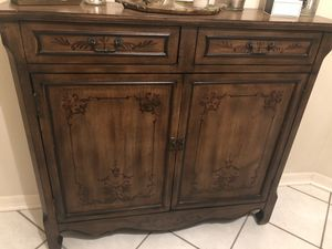 Solid wood, foyer or a bathroom vanity for Sale in Lutz, FL