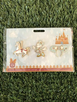 Minnie Mouse the Main Attraction pins Set July Disney for Sale in Weston, FL