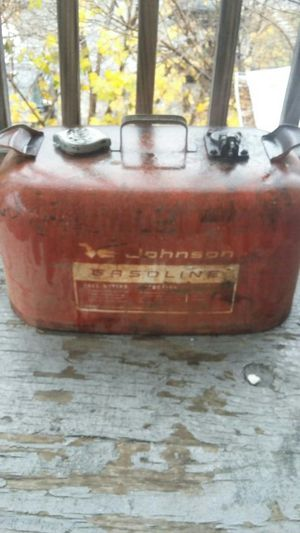 Vintage Johnson 6gal outboard gas tank for Sale in Lewiston, ME