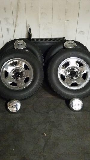 """17"""" ford 6 lug wheels for Sale in Hemet, CA"""