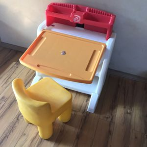 STEP 2 Desk With Chair Good Condition for Sale in Los Angeles, CA