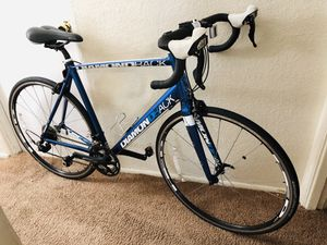 Diamondback Road Bike with Shimano 105 for Sale in Tacoma, WA