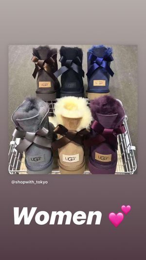 UGGS SANDALS & boots ‼️‼️‼️🤩💕💕 for Sale in Oakland Park, FL