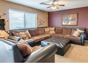 Sectional set for Sale in Goodyear, AZ