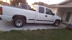 Chevy silverado 1500 for Sale in Haines City, FL