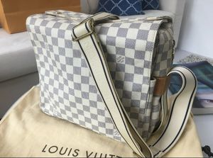 Louis Vuitton Damier Azur Messenger Bag 100% Authentic for Sale in New York, NY