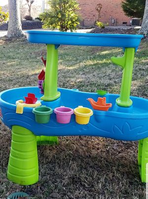 Step2 kids play water table for Sale in Inman, SC