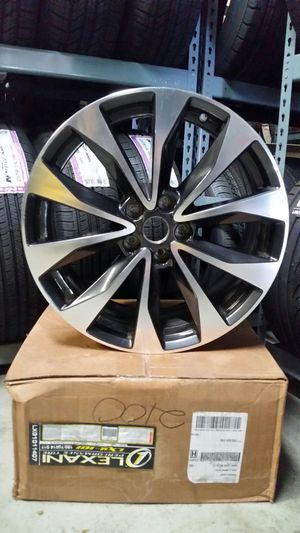 """2017 - 2 Nissan Maxima 19"""" inch rims for Sale in St. Louis, MO"""