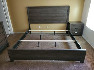 5 Pcs Bedroom Set E.King or Calking $899 FREE LOCAL DELIVERY & SET UP for Sale in San Bernardino, CA