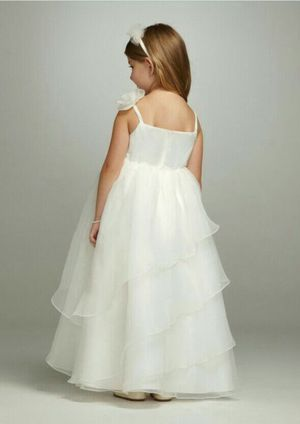 Size 5 flower girl dress for Sale in Murfreesboro, TN