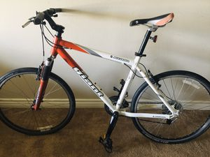 "Giant iguana 19"" frame bike bicycle excellent shape for Sale in Lake Forest, CA"