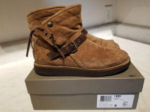 Ugg Karissa Bruno size 9 for Sale in Columbia, SC