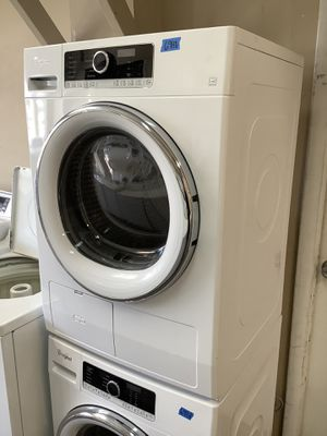 Used Whirlpool White Stainless Steel Compact Size Washer Dryer Combo for Sale in Tampa, FL