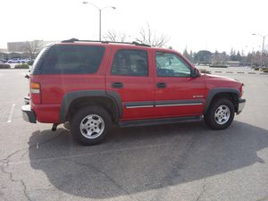 2002 chevrolet tahoe chevy tahoe 4x4 for Sale in Stockton, CA