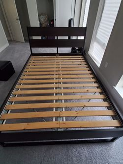 Full Size Bed For Sale for Sale in Bothell,  WA
