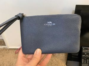 Brand new Coach purse/wristlet! for Sale in Highland, CA