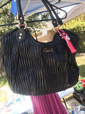 Original Coach Bag (Ashley Gathered Leather Shoulder Tote) for Sale in Katy, TX