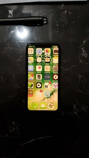 iPhone xr like new for Sale in Arvada, CO