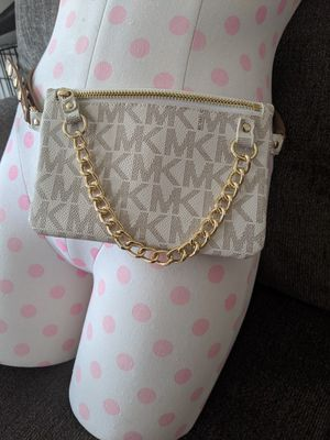 Michael Kors Fanny Pack for Sale in San Marcos, TX