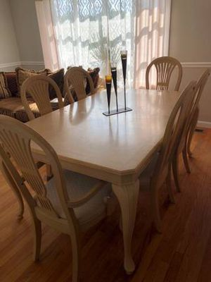 Dining room set for Sale in Providence, RI