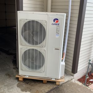 Gree Slit AC units for Sale in Corona, CA