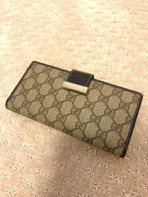Gucci GG monogram canvas bifold wallet for Sale in Lynnwood, WA