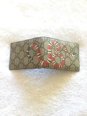 Gucci Supreme Wallet for Sale in Bonita Springs, FL
