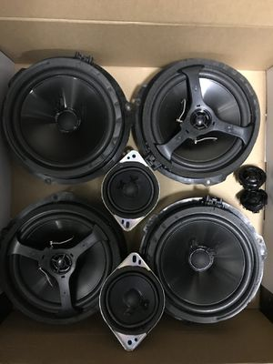 201A Shaker Audio Speakers 2017 for Sale in Canyon Country, CA