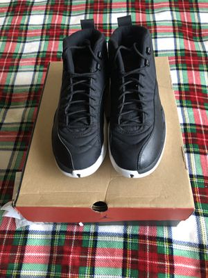 Used Jordan 12s Nylons Size 10.5 for Sale in Oxon Hill, MD