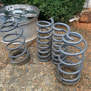 68-72 Hotchkis Chevy Sports Suspension Springs for Sale in Renton, WA