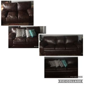 Beautiful Sofa Set Make Offer Not Free for Sale in Pasco, WA