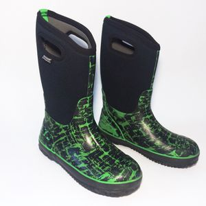 Boys Bogs Classic Black Rain Winter Snow Boots Youth Size 6 for Sale in Golden, CO